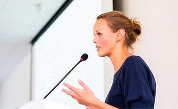 Lenguaje corporal, ¿cómo usarlo al hablar en público?