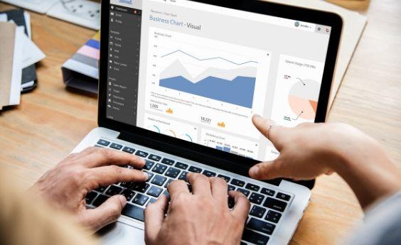 7 Razones por las que debes incorporar formación en negocios digitales en todos tus perfiles profesionales en 2020