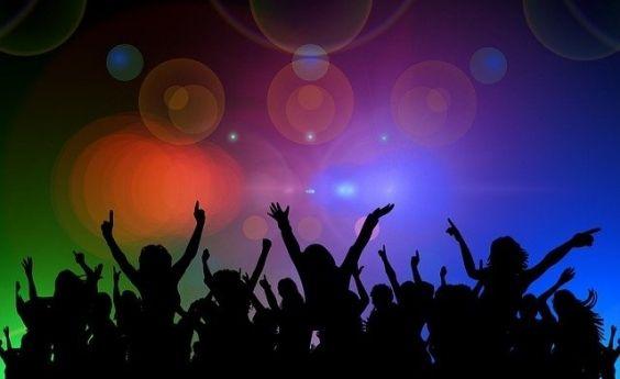 CABEZA DE RATÓN O COLA DE LEÓN… la importancia de la segmentación en un PROYECTO MUSICAL
